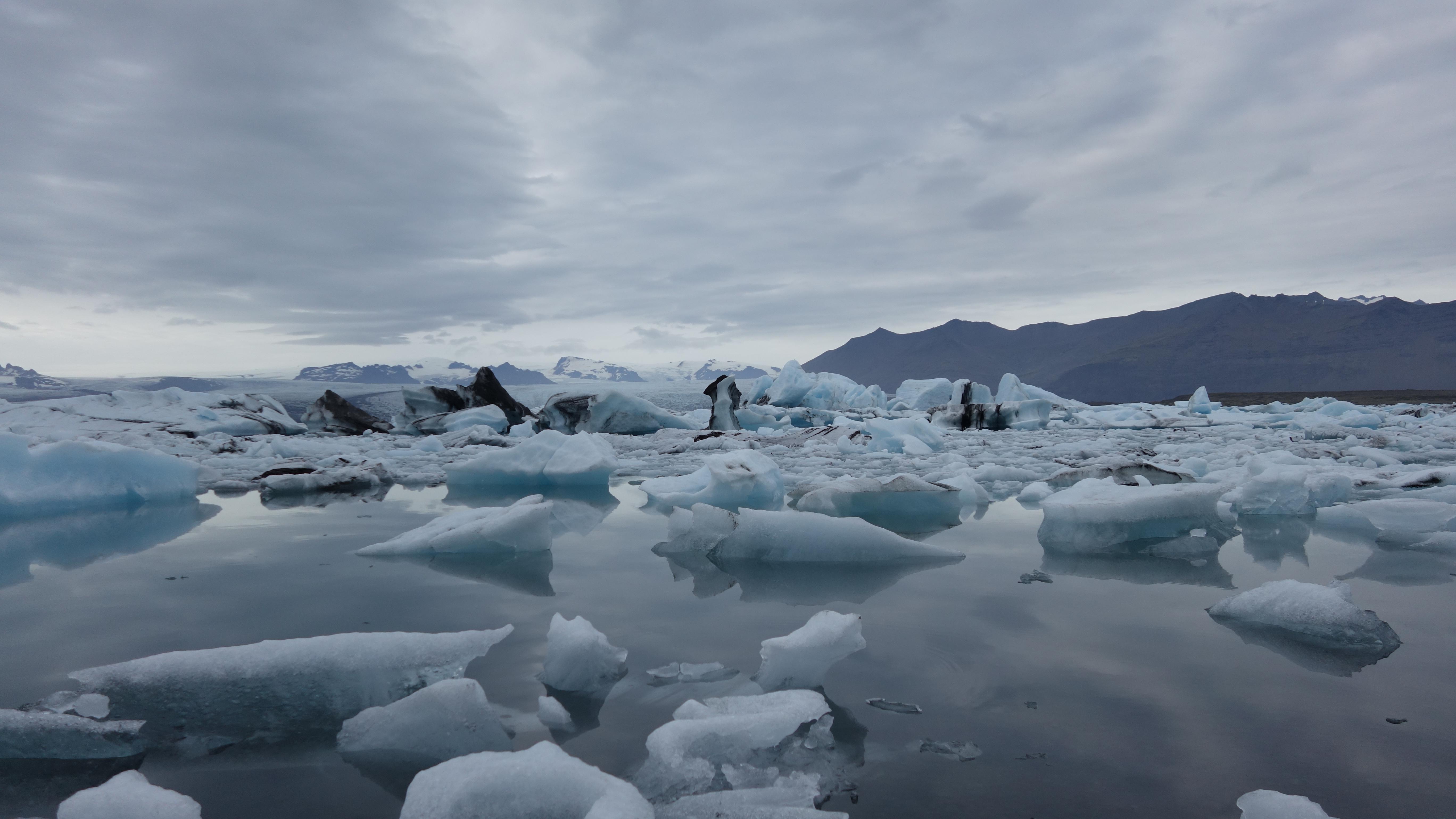 Jökulsárlón - Glacial Lagoon